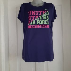 *bogo* Nike t-shirt